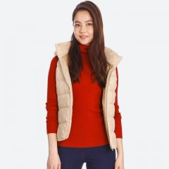 Пуховик-жилет UNIQLO WOMEN STRETCH DOWN VEST 400723031L