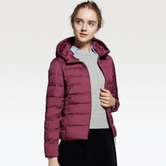 Ультралегкий пуховик UNIQLO WOMEN ULTRA LIGHT DOWN SEAMLESS PARKA 400712076XS